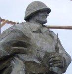 В рабочем поселке Горячегорск города Шарыпово открыли памятник героям Великой Отечественной войны