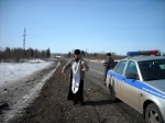 Боготольский настоятель освятил федеральную трассу
