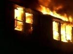 В Шарыповском районе сгорел двухэтажный жилой дом