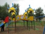 Ачинский глиноземный комбинат передал городу три детских площадки