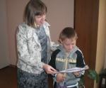 Специалисты УСЗН Назарово поздравили детей с ограниченными возможностями с Днем знаний