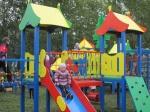 В  Ужуре в парке железнодорожников открылся детский городок «Лучик»