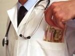На врача – офтальмолога ачинской больницы завели уголовное дело
