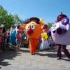 Минусинских  детей с праздником поздравила глава города и смешарики