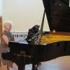 В Ачинскую музыкальную школу привезли рояль из Германии