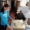 Ачинские библиотекари спасают уникальные книги