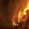 Ачинские пожарные обнаружили труп при разборе сгоревшего дома
