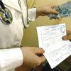В Красноярске врач за оформление больничного листа попал под статью