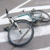 В Хакасии велосипедист сломал пожилой женщине  позвоночник