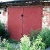 В Партизанском районе местный житель удерживал в гараже женщину с ребенком