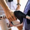 Заправщики просят поднять в Красноярском крае цены на бензин