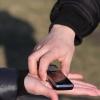 Назаровские полицейские вернули в магазин похищенный телефон