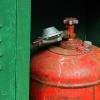 В Назаровском районе при взрыве баллона с газом погиб мужчина