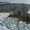 В Шушенском районе под лед провалился автомобиль с рыбаками