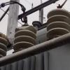 В Хакасии подростки обкидали камнями трансформаторную подстанцию