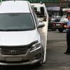 В Красноярске на острове Татышев эвакуируют неправильно припаркованные автомобили