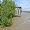 Из дренажных каналов Абакана откачивают воду