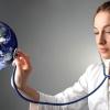 Краю требуются врачи и медсестры