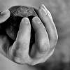 В Хакасии изверги забили мужчину камнями