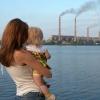 Максимальное количество выбросов загрязняющих веществ в атмосферу приходится на Норильск