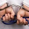 Ачинский врач-отоларинголог подозревается в получении взяток в сумме 270000 рублей