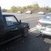 В Абакане из-за несоблюдения дистанции столкнулись Иж и Nissan