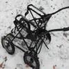В Черногорске недовольный сосед сжег детскую коляску