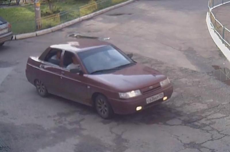 ВКрасноярске машина сбила 10-летнюю девочку: шофёр исчез