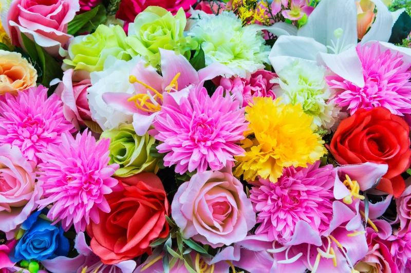 Поздравление с разными цветами 94