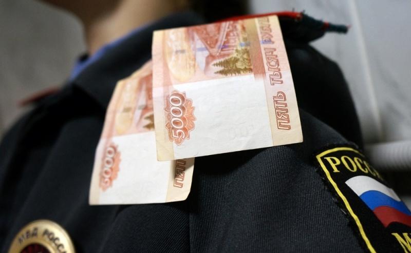 Иланского участкового подозревают вполучении взятки