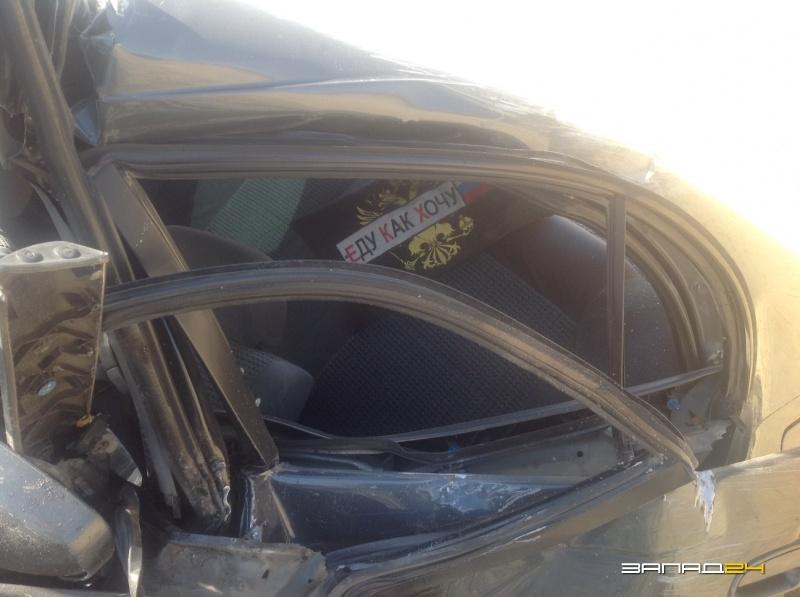 Влобовом ДТП под Ачинском пострадал шофёр иномарки
