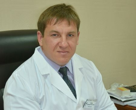 Прошлый главный врач хакасской республиканской клиники получил 8 лет завзятку