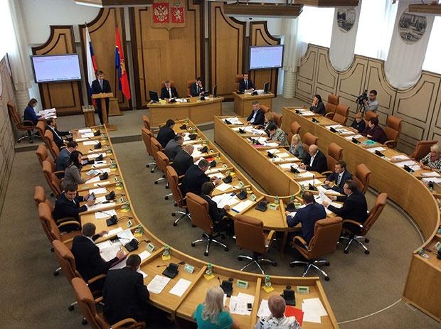 Вгорсовете Красноярска обсудят вопрос возвращения прямых выборов главы города