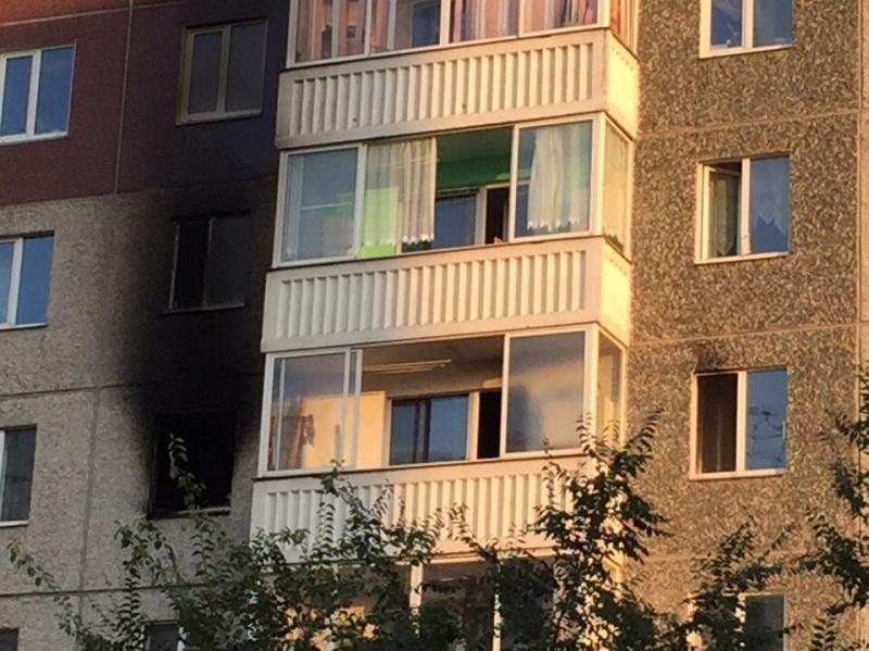 ВКрасноярске сверепый пожар произошел ввысотке налевобережье