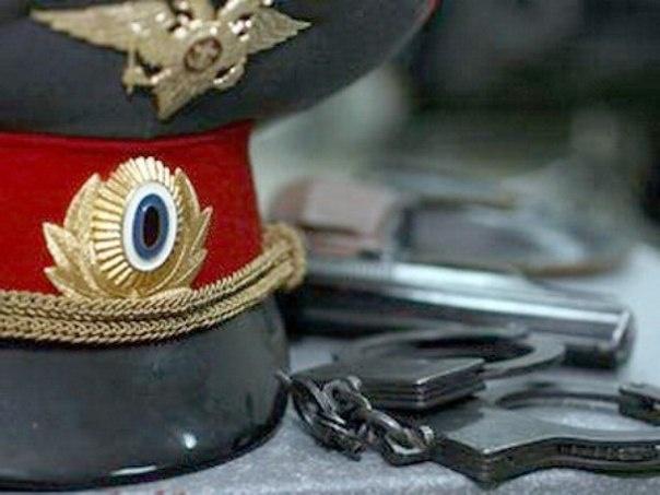 Двое полицейских вКрасноярском крае пополусмерти избили человека