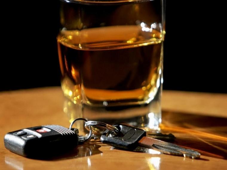 Пьяную угонщицу без документов задержали вАчинске