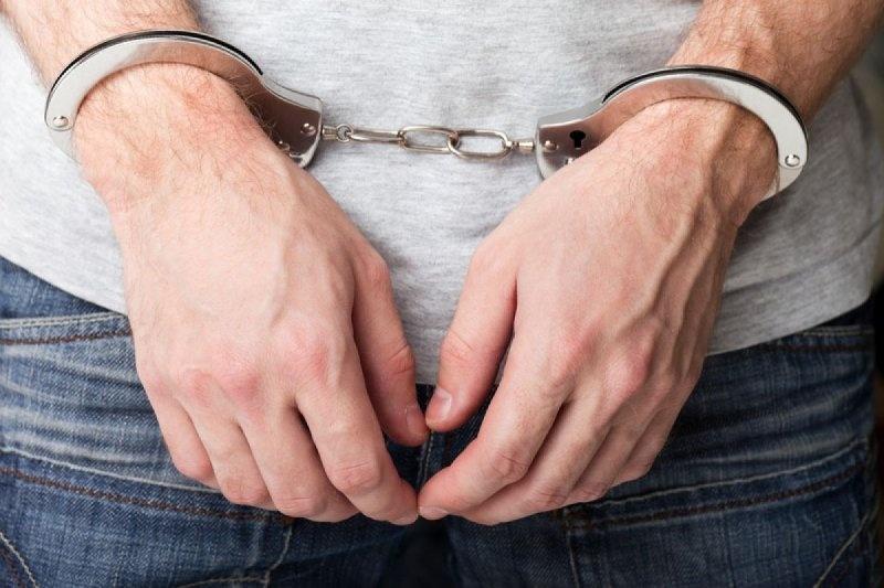 ВИгарке рецидивист изнасиловал соседку