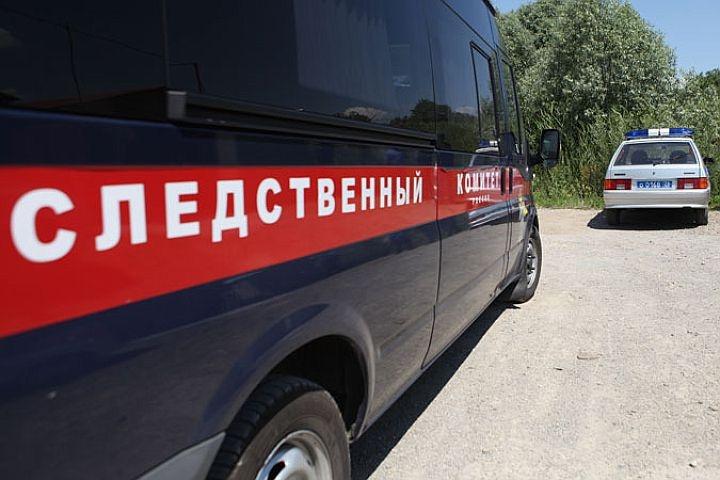 Гражданин Красноярского края пытался задушить исжечь 15-летнего обидчика своего сына
