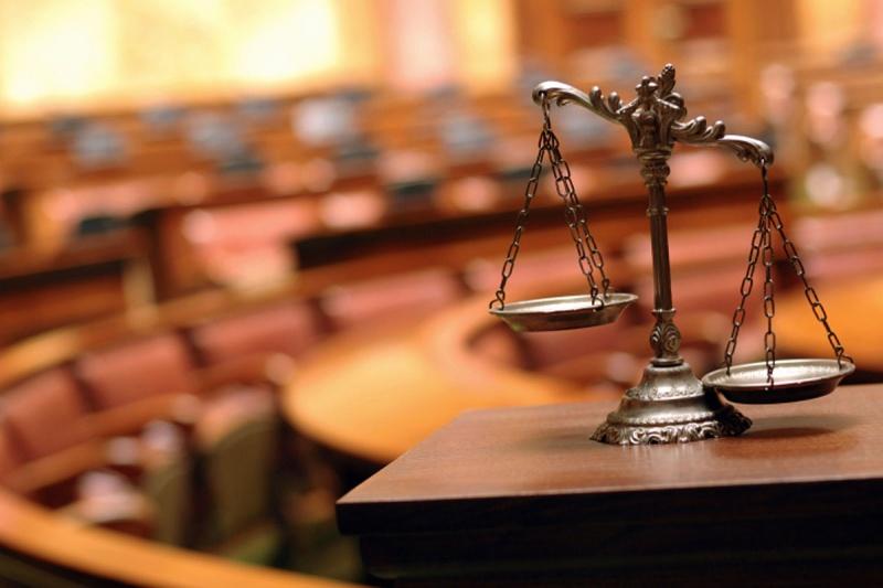 ВКрасноярске продавца контрафактного алкоголя осудили на4,5 года колонии