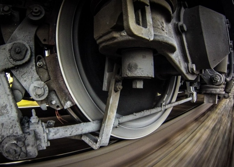ВБерезовском районе Красноярского края мужчина умер под колёсами поезда