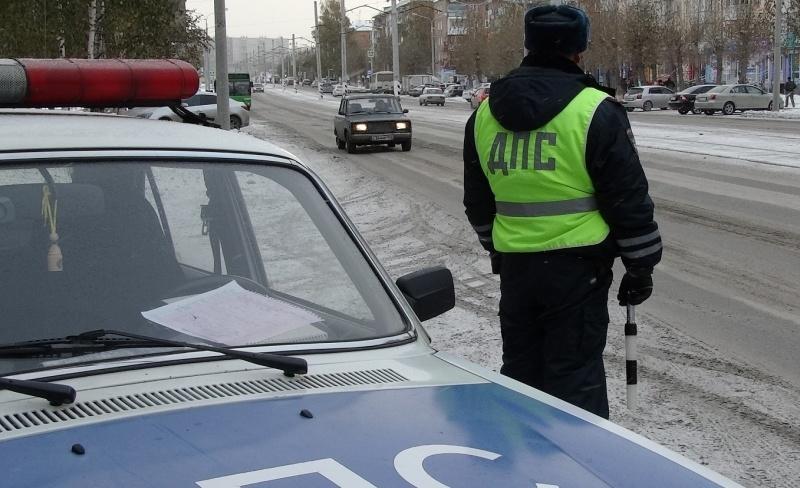 Работники ГИБДД отчитались опроверке таксистов Екатеринбурга