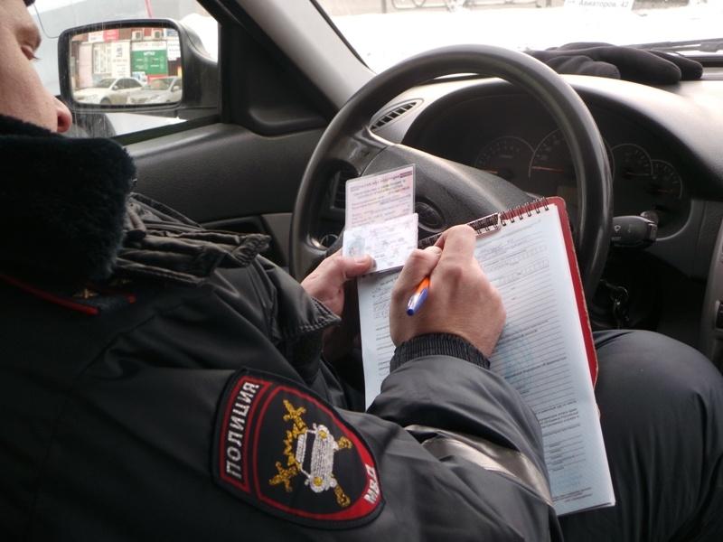 Правонарушителям правил транспортировки детей запретят выезд изКрасноярска