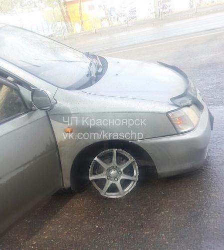 Водители словили наКалинина пьяную женщину зарулем инаспущенных колесах