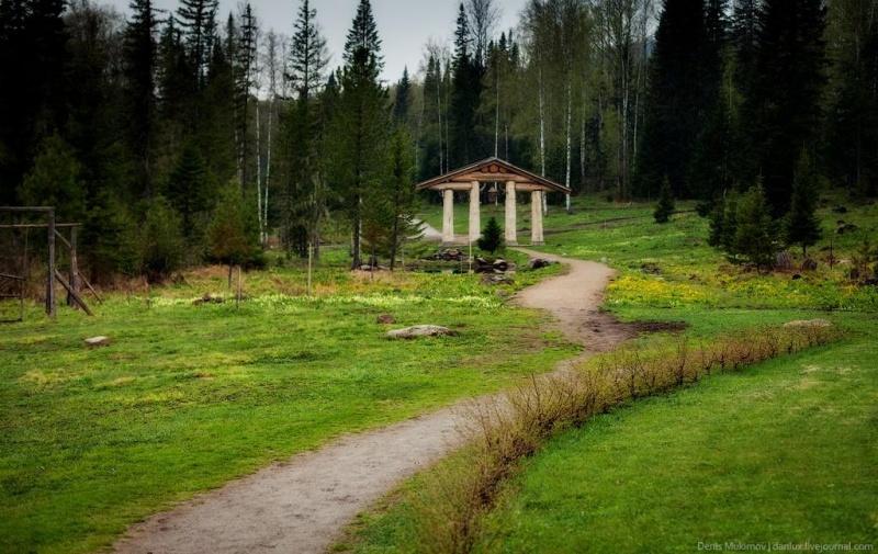 Последователи Виссариона установили КПП навъезде вгород Солнца вКрасноярском крае