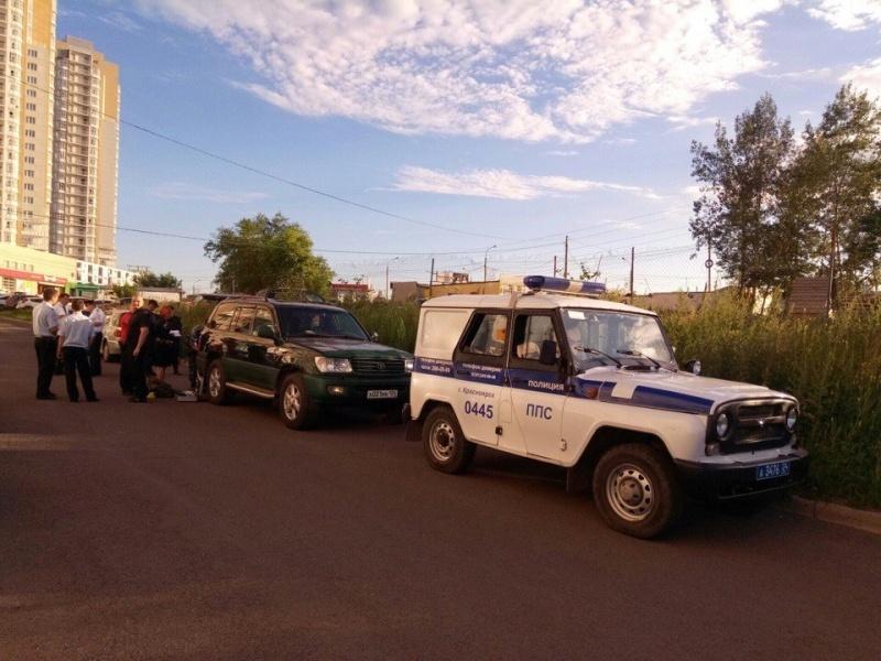 ВКрасноярске мужчины устроили стрельбу водворе жилого дома