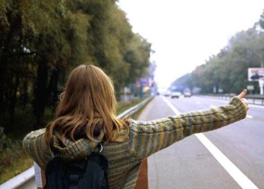 Сбежавшая издома школьница изКрасноярского края добралась доИркутска автостопом