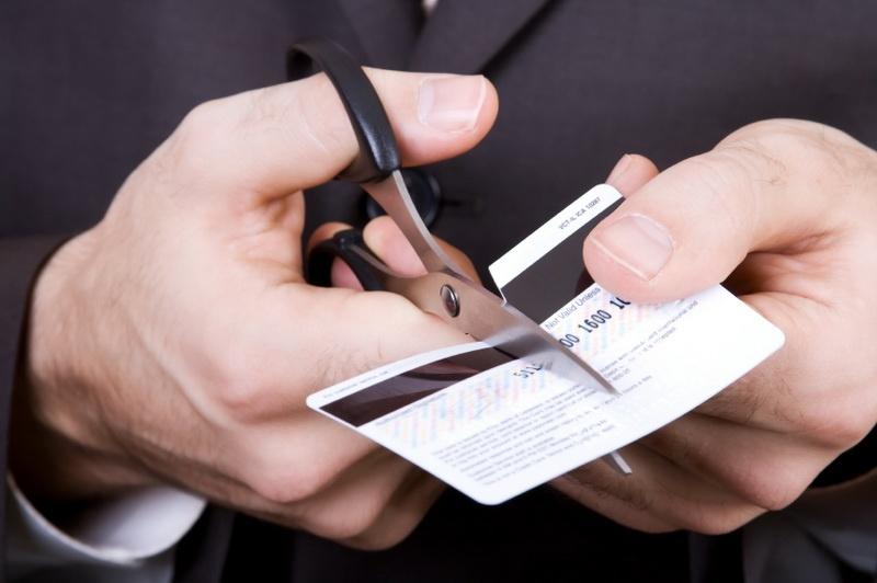 ВКрасноярском крае управляющий банка похищал деньги уумерших клиентов