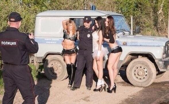 Проститутки в полиции