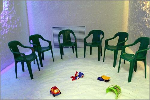 Для профилактики заболеваний вдетском саду Красноярска используют соляную комнату