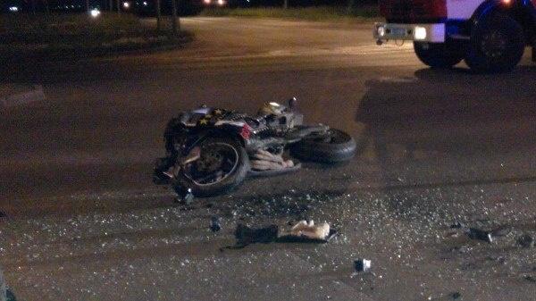 ВКрасноярске вДТП пострадали мотоциклист иего пассажирка